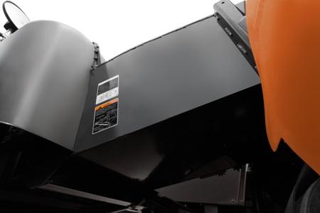 Tấm lót băng tải Máy gặt đập liên hợp Kubota DC70 Plus